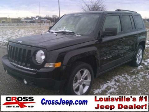 Pre-Owned 2014 Jeep Patriot Latitude FWD 4D Sport Utility